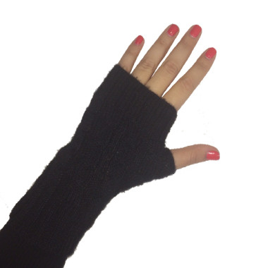 Black Short Cabled Fingerless Gloves