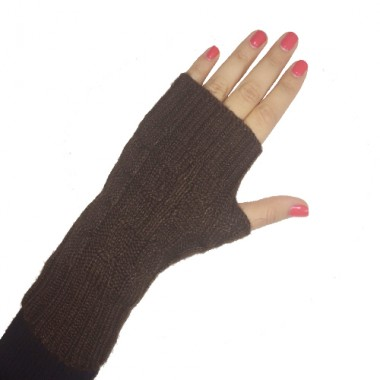 Café Short Cabled Fingerless Gloves